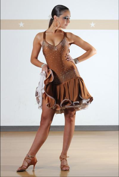 Flamenco haute couture pret a porter for Haute couture and pret a porter